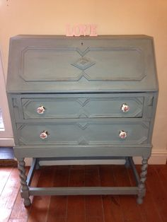 """My favourite colour """"duck egg"""" My Favorite Color, My Favorite Things, Annie Sloan Chalk Paint, Egg, Colour, Projects, Furniture, Home Decor, Eggs"""