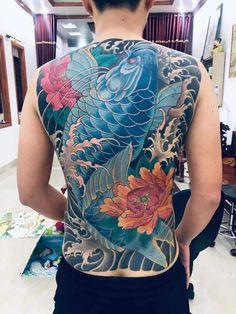 Samurai Tattoo, Yakuza Tattoo, Koi Tattoo Design, Tattoo Designs, Koi Fish Tattoo, Fish Tattoos, David Beckham Style, Japanese Tattoo Art, Back Pieces