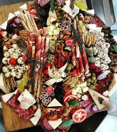It would be nice to enjoy a little bit of this before Monday comes! This incredible platter is by - - It would be nice to enjoy a little bit of this before Monday comes! This incredible platter is by Meat Platter, Antipasto Platter, Food Platters, Snacks Für Party, Appetizers For Party, Appetizer Recipes, Meat And Cheese, Cheese Platters, Charcuterie And Cheese Board