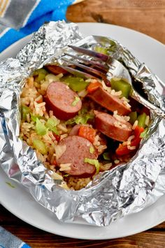 This Jambalaya Foil Packet Dinner Recipe is about 30 minutes start to finish and so delicious! Make it on the grill, make it in the oven, make it over and over!