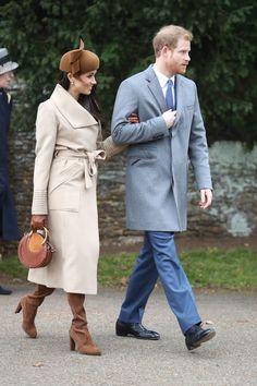 Meghan Markle ha appena indossato gli stivali perfetti al suo primo Royal Christmas. Voto mille (e Kate rosica) - Gioia.it