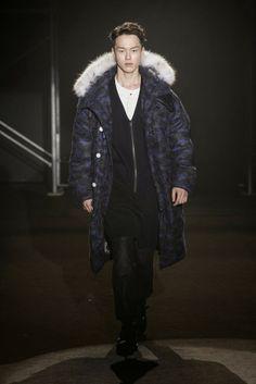Male Fashion Trends: ROLIAT Autumn/Winter 2014 | Seoul Fashion Week