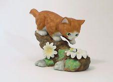 Kitten Figurine Orange Tabby Cat Playing Bumble Bee Danbury Mint 1991