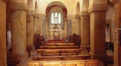 Interior de la Iglesia de San Salvador de Valdediós. Villaviciosa, Asturias © Turespaña