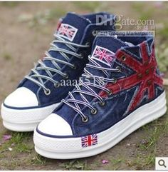 sneakers for the fall - Bing Images Platform Converse, Chuck Taylor Sneakers, High Top Sneakers, Bing Images, Kawaii, Shoes, Fall, Clothing, Fashion