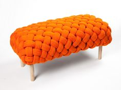 Claire Ann O Brien. Fite Dimensions: w d h Materials: Laxtons Mill bespoke wool Ash legs Cocoa fibers Unspun wool Diy Home Crafts, Diy Arts And Crafts, Woven Chair, Vogue Living, Knitting Accessories, Knitting For Kids, Cool Chairs, Handmade Furniture, Knitting Designs