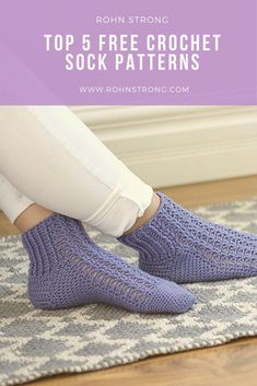 For Beginners Legwarmers Looking for some amazing FREE crochet sock patterns? I've got 5 GORGEOUS free crochet sock patterns ready for you! Easy Crochet Socks, Crochet Sock Pattern Free, Crochet Shirt, Crochet Slippers, Crochet Hooks, Crochet Baby, Knit Crochet, Free Crochet Slipper Patterns, Modern Crochet