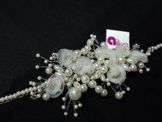 tocado de perlas ,flores de gaza y vincha de perlas !!!