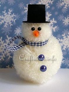 CRAFT: Everyone who sees this Fuzzy Yarn Snowman is sure to fall in love! With beads and yarn, you can create an adorable Christmas character who's as soft as pom poms. Bring the cute factor to your DIY Christmas decorations with this snowman craft. Snowman Crafts, Christmas Projects, Holiday Crafts, Glue Crafts, Yarn Crafts, Diy Crafts, Christmas Snowman, Christmas Ornaments, Diy Christmas