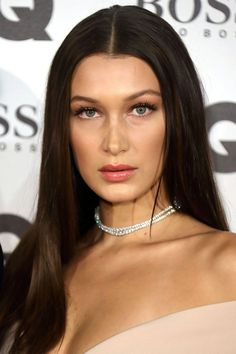 33 brown hair color ideas - best light, medium, and dark brown shades for brunettes Brown Hair Green Eyes, Brown Hair Colors, Green Hair, Pelo Chocolate, Chocolate Brown Hair Color, Ombre Hair Color, Hair Color Balayage, Hair Colour, Bella Hadid Hair