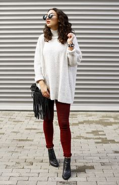 ganzlörper quer 2 hm turtleneck oversize sweater asos rivington wine jeans oxblood highwaist skinny jeans ridley peprosa pointed black boots fringe bag streetstyle winter outfit fashionblogger deutschland germany samieze blogger outfit look