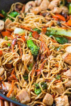Stir Fry Recipes, Cooking Recipes, Noodle Recipes, Sauce Recipes, Easy Dinner Recipes, Easy Meals, Dinner Ideas, Yummy Easy Dinners, Easy Dinners To Cook