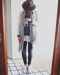 Herbst ist da - Liebste Klamottenzeit  #acne #cos #details #dotd #fall #falloutfit #fashion #fwis #Hamburg #hutdarfmit #inspo #instafashion #instakicks #kicks #kickstagram #ootd #outfit #outfitinspo #outfitoftheday #outfitpost #samstag #saturday #scarf #scarflove #sneaker #sneakers