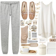 Oh my gosh what a comfy lounge outfit for a cold day