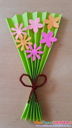 Please your Mom and grandma with some of the adorable and cute handmade gifts and crafts this Mothers day. Kids Crafts, Spring Crafts For Kids, Mothers Day Crafts For Kids, Mothers Day Cards, Summer Crafts, Cute Crafts, Toddler Crafts, Easter Crafts, Art For Kids