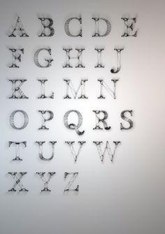 Dan Hoopert, un étudiant anglais, travaille la typographie avec une approche tridimensionnelle. Wire est un projet très simple, qui met en relief la structure des lettres d'une typographie traditio.
