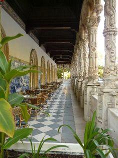 Bussaco Palace Hotel: Une coursive extérieure