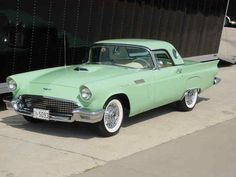 nakeid:  mindofalemur:  57' seafoam Ford Thunderbird  i need a car like this in my life