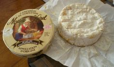Camembert de Normandie is simply synonym of quality and as such, it has been granted the Appellation d'origine contrôlée (AOC) seal in 1983. Moulé a la louche. Au lait cru. A great, typical branding of a great cheese made according to tradition.