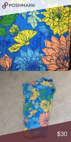 LuLaRoe O/S BYOP Floral and blue leggings💙 LuLaRoe Pants Leggings