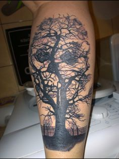 skull in the tree. skulltattoo. Tattoo. Legtattoo