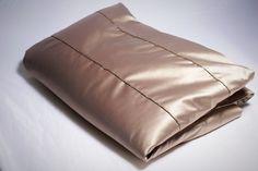 ÁGYTAKARÓ - ARANYMOGYORÓ színű - GOLD DROPS DESIGN - lakberendezés - hálószoba - elegáns ágytakaró