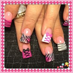 Pink corsets and zebra - Nail Art Gallery