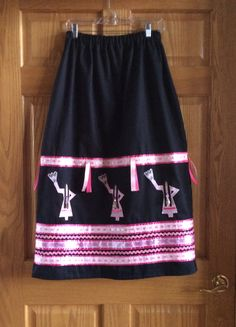Breast cancer awareness ribbon skirt by Flying Eagle. What an amazing one! Native American Clothing, Native American Fashion, American Jewelry, Applique Skirt, Jingle Dress, Ribbon Skirts, Shirt Skirt, Dance Outfits, Traditional Outfits