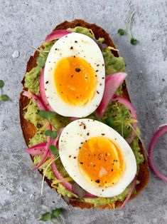 Jammy eggs are slowly taking over the internet (and the world! While you may be looking for a runny yolk, were all about that jam. Somewhere between a soft and hard boiled egg, these beauties are waiting more. Entree Recipes, Egg Recipes, Recipies, Feta, Instant Pot, Zucchini, Perfect Eggs, Toasted Pumpkin Seeds, Bon Appetit