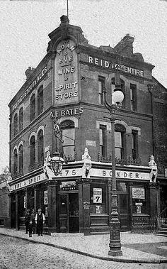Adam & Eve, 475 Liverpool Road, Islington - Licensee A E Bates in 1909