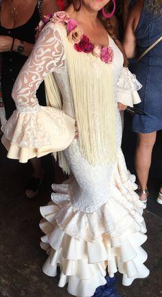 Flamenco Dresses, Lace Wedding, Wedding Dresses, African Fashion Dresses, Spain, Belt, Brown, How To Make, Spanish