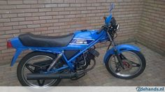 Honda MB 50 blue (German colour only). • Autolube • 4 gears • front disc-brake • electric ignition (manual choke)