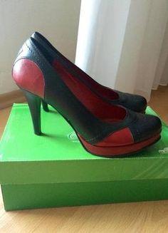 Kupuj mé předměty na #vinted http://www.vinted.cz/damske-boty/lodicky/10411723-lodicky-na-vysokem-podpadku-cerno-cervene