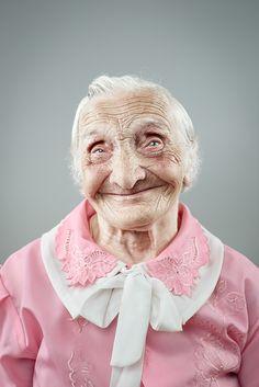 Ознакомьтесь с этим проектом @Behance: «Smile doesn't get old»…