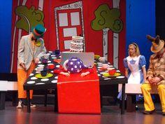 alice in wonderland set design ideas   Alice in Wonderland