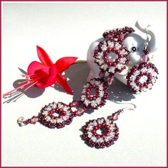 Garnet Bracelet and Beaded Earrings Pattern - FREE - From Bead Magic  #heartbeadwork