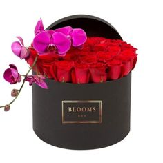 Flowers in a Box Melbourne   Fresh Flowers Delivery in A Box, Custom Flower Delivery Melbourne - Blooms Box