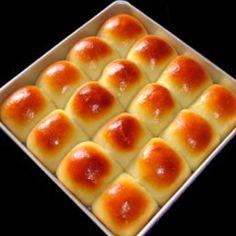 Sweet Japanese dinner rolls