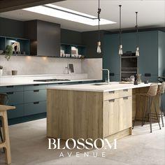Our Blossom Avenue Bella Kitchen in Halifax Natural Oak and Matt Kombu Green. Home Decor Kitchen, Kitchen Living, Home Kitchens, Modern Kitchens, Kitchen Ideas, Bella Kitchen, Green Kitchen, New Kitchen, Grey Kitchen Designs