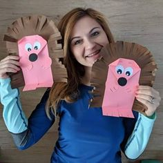 Image may contain: 1 person Toddler Art, Toddler Preschool, Toddler Crafts, Kindergarten Crafts, Preschool Crafts, Animal Crafts For Kids, Art For Kids, Hedgehog Craft, Magic Crafts