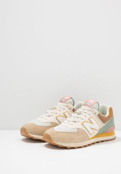 New Balance 574, New Balance Shoes, Cute Running Shoes, Cute Shoes, Me Too Shoes, Sock Shoes, Shoes Heels Boots, Vans Shoes Fashion, Baskets