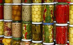Olive stand in a souk in the medina in Marrakech Canning Pickles, Middle Eastern Recipes, Canning Recipes, C'est Bon, International Recipes, Food Design, Food Inspiration, Cucumber, Food And Drink