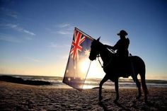 Lest we forget: A member of the Mudgeeraba light horse troop takes part in the ANZAC dawn service at Currumbin Surf Life Saving Club on in the Gold Coast, Australia Memorial Day, Moving Photos, Anzac Day, Lest We Forget, Papua New Guinea, Day Tours, Military History, Gold Coast, New Zealand