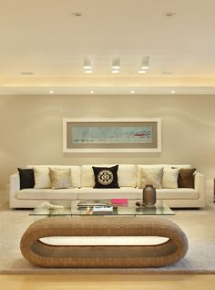 Stylish Interior by brasilian designer Roberta Devisate.