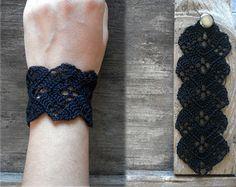 Schwarze Spitze Häkelarmband / / bohoarmband / / schwarz Armband / / Spitze Armband / / Armband / / häkeln Schmuck
