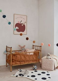 Nursery Decor: Your Guide to a Cosy & Beautiful Baby's Room Children's Room; Home Decoration; Home Design Nursery Decor, Bedroom Decor, Bedroom Ideas, Boho Nursery, Bedroom Lighting, Modern Bedroom, Pom Pom Garland, Kids Decor, Home Decor