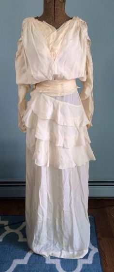 Edwardian Teens 1920s Ivory Silk Crepe Wedding Gown Deco 472be3f4b