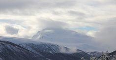 Skrivebordsbakgrunn: Tromsdalstinden