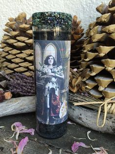 Rita's Joan d' Arc Hoodoo 7 Day Ritual Candle - Conquer Your Fears
