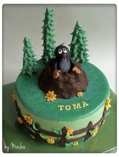 Mole cake ;) Krtek torta La Petite Taupe, Mole Day, Cupcake Cakes, Cupcakes, Christmas Activities, Fun Cooking, Cakes And More, Birthday Cake, Yummy Food